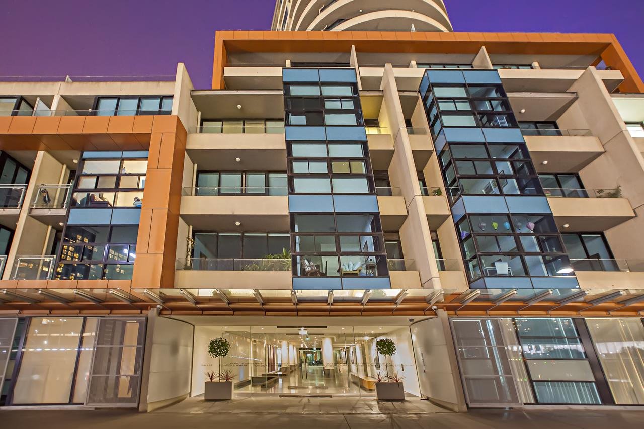 Melbourne Holiday Apartments Flinders Wharf - Redcliffe Tourism