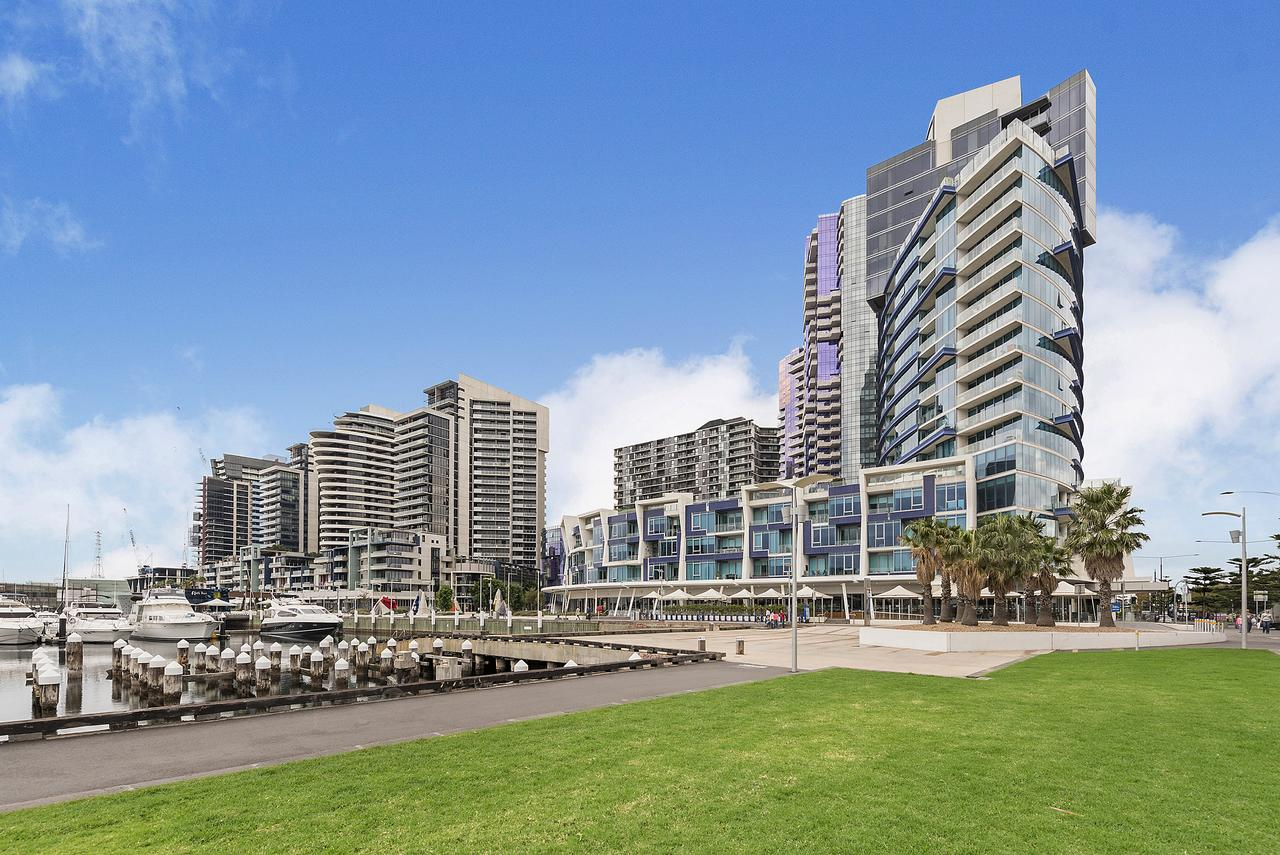 Docklands Private Collection - New Quay - Redcliffe Tourism