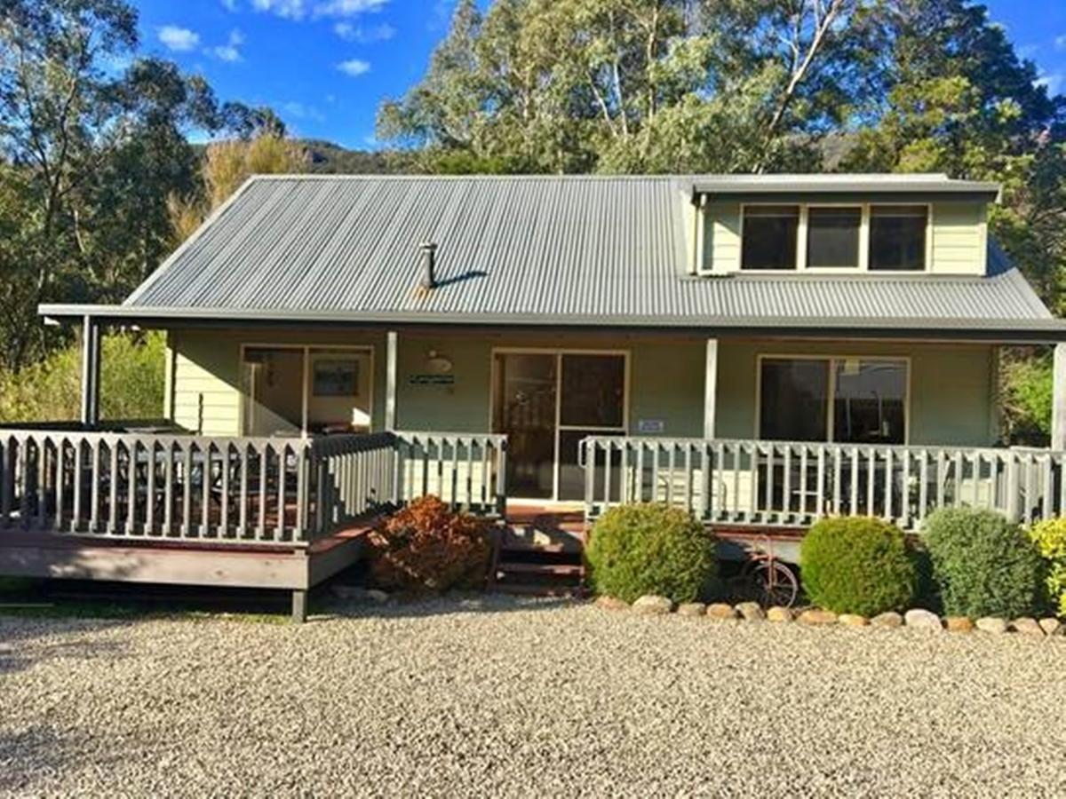 Kangurra Holiday House - Redcliffe Tourism