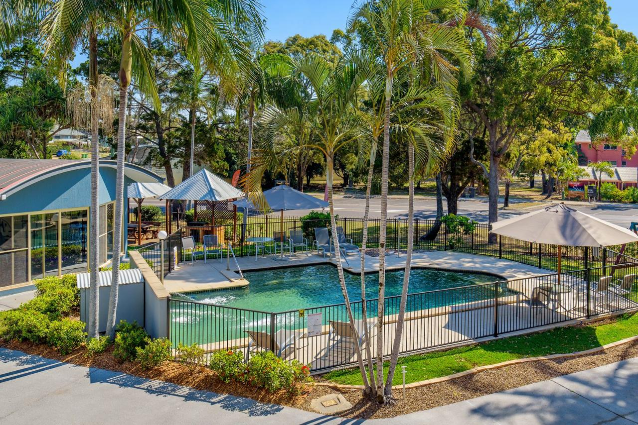 Rainbow Getaway Holiday Apartments - Redcliffe Tourism