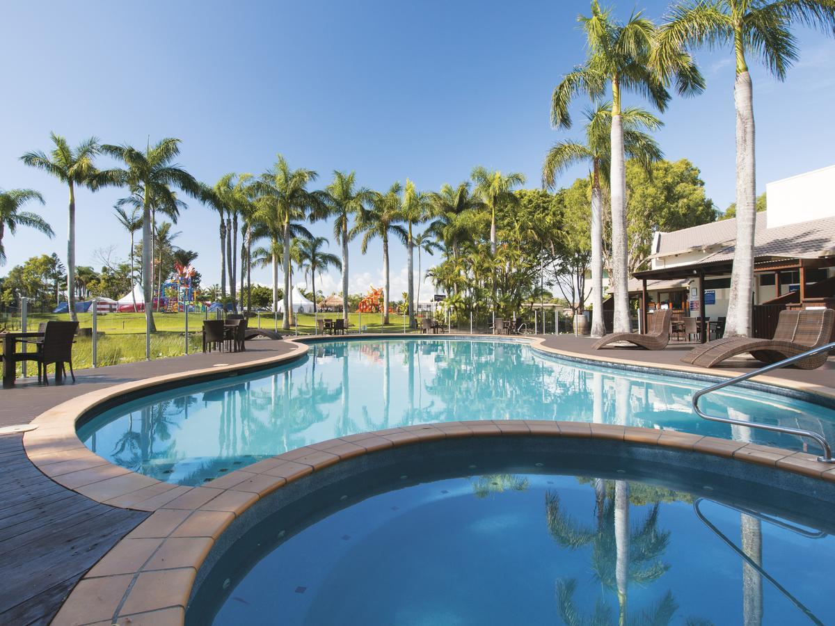 Oaks Oasis - Redcliffe Tourism