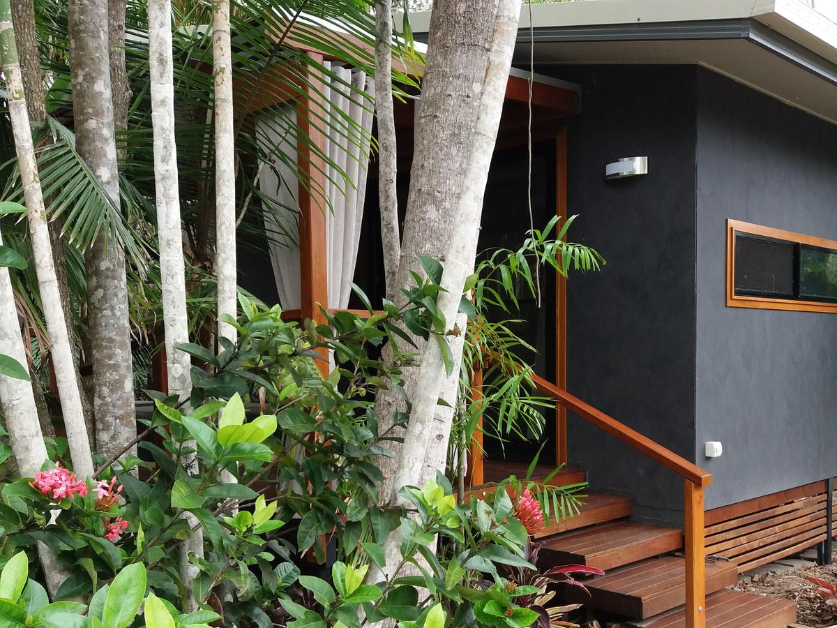Forest Lodge Little Villa - Redcliffe Tourism
