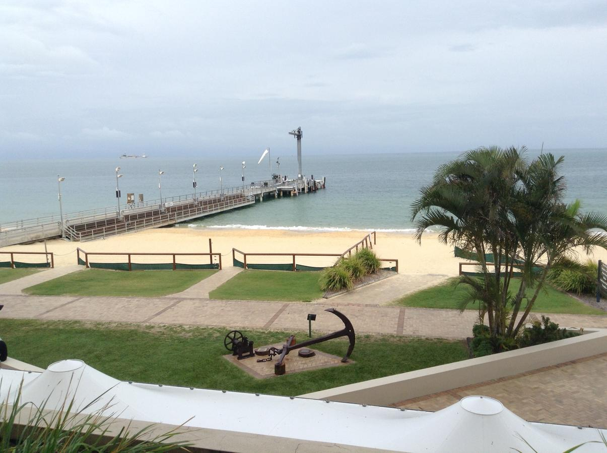 Beachfront Holiday Apartment to Rent for Short and Long Stays - Redcliffe Tourism