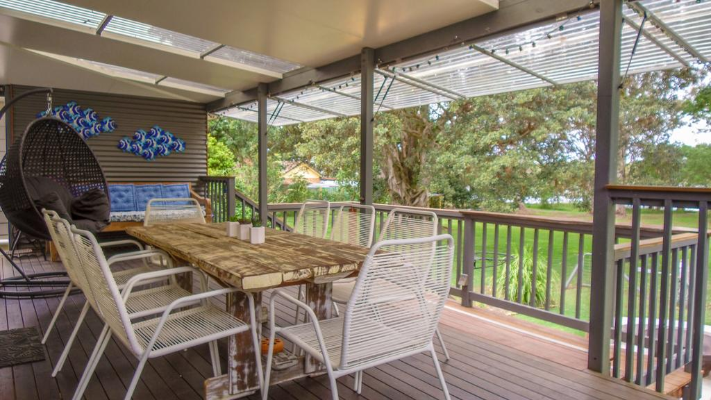 'RIVERSIDE RETREAT' 544 Ocean Drive North Haven - Redcliffe Tourism