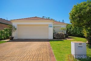 32 Beachside - Redcliffe Tourism